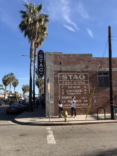 ロサンゼルス ~ディズニーランド  ビジネスクラスで行くグルメ 古着屋めぐり①