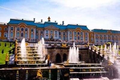 ロシア(12) ピヨートル大帝夏の宮殿1