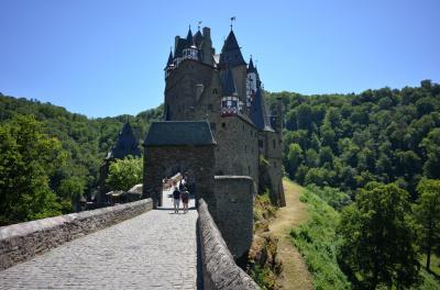 ドイツ3大美城を訪ねて エルツ城