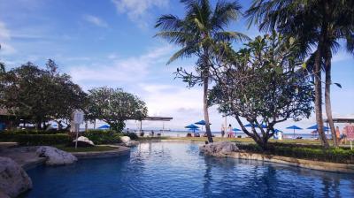「ホテルニッコーバリ・ベノアビーチ」 プール&ビーチ情報
