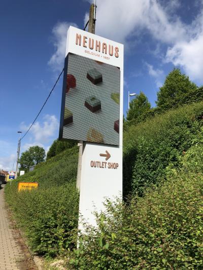 2019年5月 還暦夫婦ロシアへ行く 13日め~帰国 ベルギー / ブリュッセル チョコとバターのお買い物