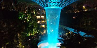 シンガポール乗継でJEWEL探検& YOTELAIR Changi宿泊記