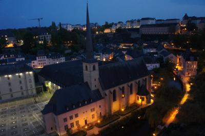 行き当たりばったりのヨーロッパの旅5(ルクセンブルグお散歩夜編)