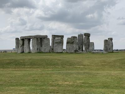 夏のイギリス横断⑤~謎に包まれたストーンヘンジとイギリスの原風景・コッツウォルズ