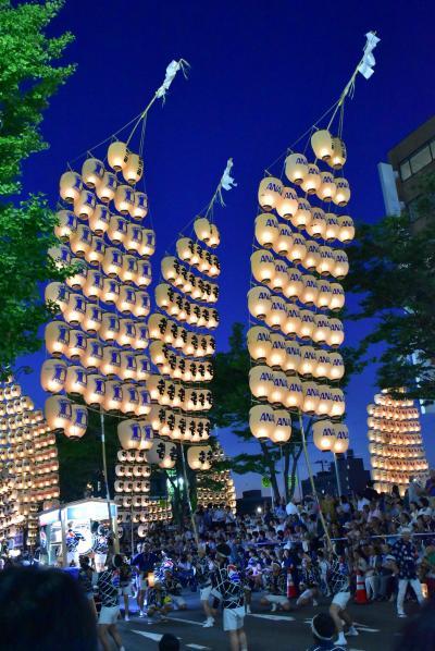 秋田竿燈まつり~竿燈に描かれた由緒ある町紋と熟練した技 2018~(秋田)