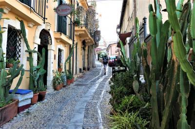 魅惑のシチリア×プーリア♪ Vol.18 ☆イタリア美しき村「シッラ」:旧市街の小さなスピリト・サント教会♪