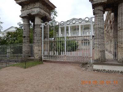 「宮殿」{世界遺産} エカテリーナ宮殿(外観)  サンクトペテルブルク