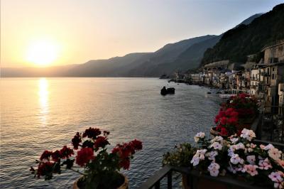 魅惑のシチリア×プーリア♪ Vol.30 ☆イタリア美しき村「シッラ」:スイートルームから朝風景と朝食♪