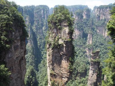 奇岩の岩山のアバターの世界、武陵源