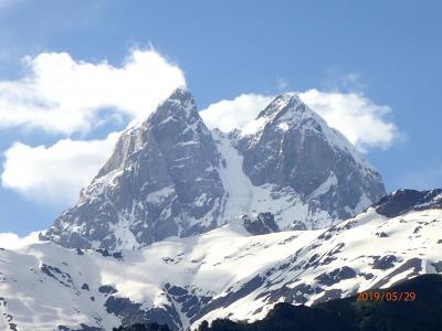 ギリシャ・トルコ・ジョージア(Ⅴ)メスティアとマゼリから俊峰ウシュバ山を望む
