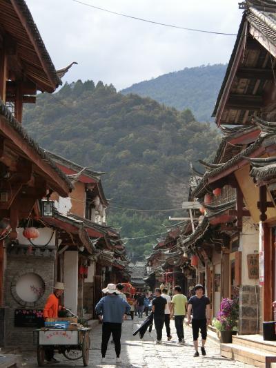 2019年 5月 中国・麗江 麗江のもう一つの古鎮、束河古鎮へ。