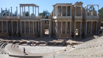 アンダルシアの春祭りから銀の道、そして巡礼の道を歩く 9 5日目 ローマ遺跡の街 メリダ