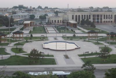 2019春、ウズベキスタン等の旅(37/52):4月27日(1):ブハラ(8):ブハラで泊まったホテル、早朝散策
