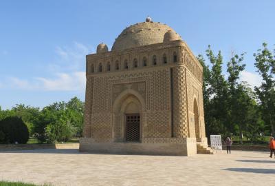 2019春、ウズベキスタン等の旅(38/52):4月27日(2):ブハラ(9):サーマーニ廟、チャシュマ・アイユブ