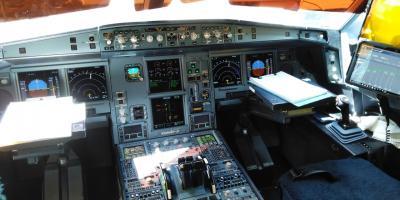 2019 ハワイ夏休み 飛行機関係編(A330-200操縦席搭乗経験&訓練中のステルスF35が間近)