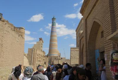 2019春、ウズベキスタン等の旅(46/52):4月28日(7):ウルゲンチ(6):イチャンカラ、ホジャ・ミナレット、ジュマ・モスク