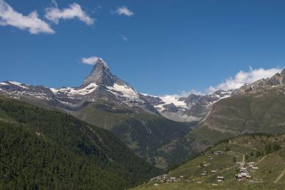 スイス・マッターホルン展望ハイキング