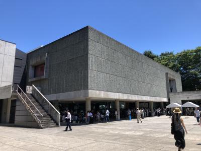 世界遺産の国立西洋美術館を訪れました