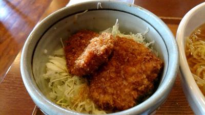 長野県駒ケ根市で、ソースかつ丼発祥の店で昼食