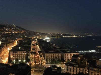 ナポリへの旅 ④カプリ島 青の洞窟 ナポリ夜景