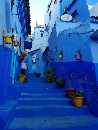 初モロッコ!スペインのタリファからシャウエンの青い村とフェズ(2)タンジェからシャウエンへ