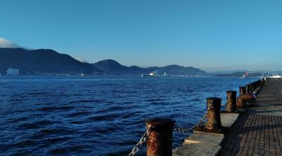 早朝の関門海峡を散歩
