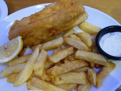 ロンドンを歩く。(1.4) ロンドンにきたら,Fish & Chips をいただきましょう。