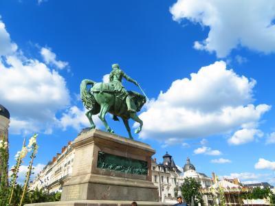 オルレアンの少女ジャンヌダルクに見送られジェネラル・ド・ゴールの元に着いた2019年5月フランス ロワール地域他8泊10日(個人旅行)130