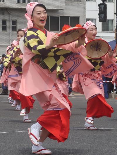 東北絆まつり/福島-4 山形花笠まつりa 市長-和装で参加 ☆紅花摘みの動作-花笠踊りにも