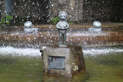 日本三古泉にして三名泉、神戸の有馬温泉へ