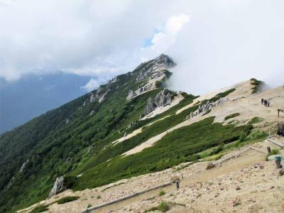 念願の北アルプス燕岳に登り燕山荘に泊まる