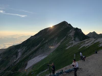 2019年8月満員御礼の唐松岳
