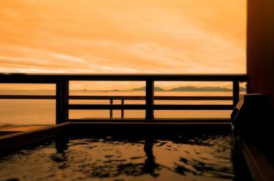 甲子園が始まると思い出す「瞳を閉じて」。 蒲郡西浦温泉にて。