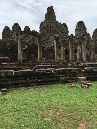 アンコールワット遺跡群、世界遺産の1日コースのおすすめ「バイヨン寺院とアンコールワット」