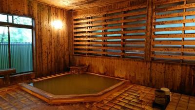 秋田の秘湯「強首温泉」に入りに「樅峰苑」に宿泊。