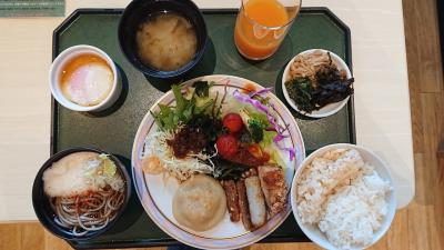 長野駅に隣接した「ホテルメトロポリタン長野」に宿泊。信州長野の食べ物が美味しい。