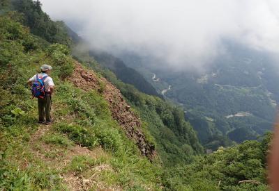 水族館と山登りの組み合わせは、よくないよ。 鳥甲山&佐武流山