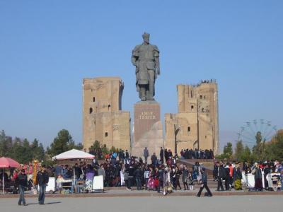ウズベキスタン10日間の旅(2) シャフリサーブス