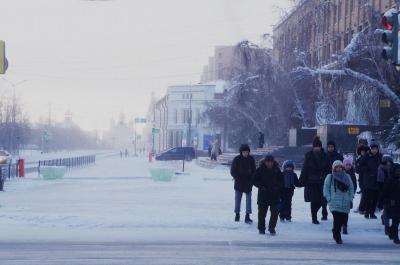 冬のシベリアへの旅7 世界一寒い都市ヤクーツクを歩く (Wandering in world's coldest city Yakutsk)
