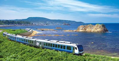 鉄道に興味ない私でもオススメする素晴らしい五能線リゾートしらかみ