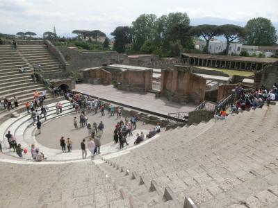 2019GW イタリア27:世界遺産ポンペイ遺跡2 フォロ周辺、スタビアーネ浴場、大劇場