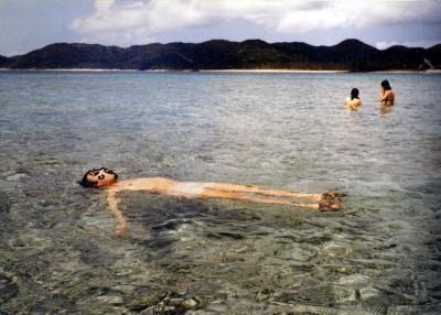 1981年フェリーで座間味島と沖縄周遊