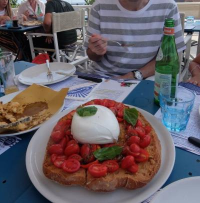 地中海クルーズの旅3日目  ナポリ観光