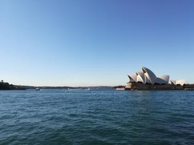 冬のオーストラリア周遊旅その1 JAL機内→シドニー中心部へ