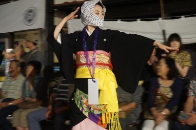岩手から秋田への内陸部夏祭り旅(五日目)~毛馬内の盆踊りは京都の念仏踊りの流れを汲む450年の伝統。太鼓と横笛の哀愁を帯びた響きも独特です~