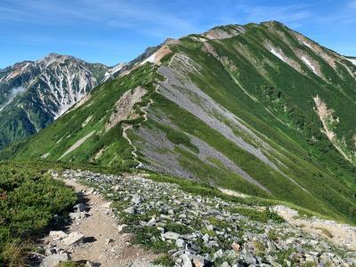 夏の白馬岳 稜線を歩く