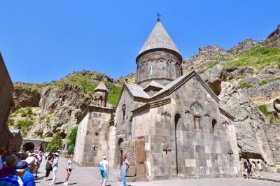 アルメニア  エレバンからゲガルド修道院へ
