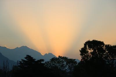 心に染み入る美しい国 23年ぶりのネパール旅(8)早朝のポカラで大好きなマチャプチャレに再会(*^-^*)