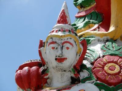 泰緬鉄道の旅を終えて古都チェンマイへ/レンタルバイクで寺院巡り⑦ワットプラシンとワットプラチャオメンラーイへ