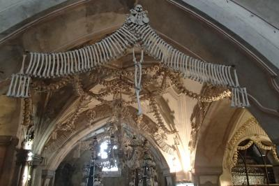 2019年東ヨーロッパの旅 vol.8 クトナー・ホラ 聖母マリア大聖堂 墓地教会(納骨礼拝堂)